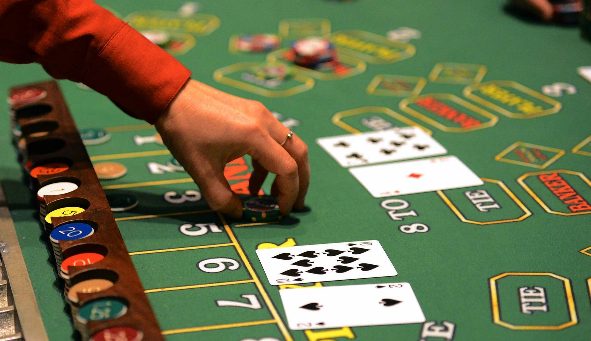 Sensible Approaches To Use Online Gambling