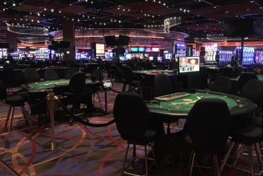 The following 3 Issues To instantly Do About Gambling