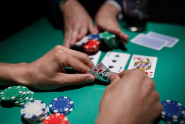 Methods to getting (A) Fabulous Online Gambling On Tight Finances