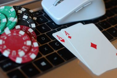 Nine Little Identified Ways To Make The Most Out Of Gambling